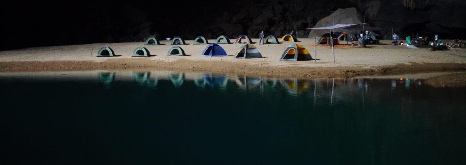 Noclegi na polu namiotowym