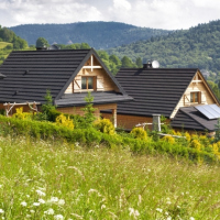 Domki z basenem w górach – gdzie pojechać