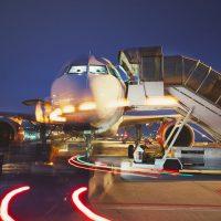 Podróżowanie samolotem nocą